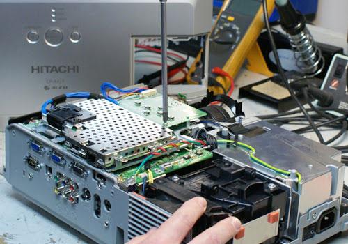 کلاس تعمیر ویدیو پروژکتور
