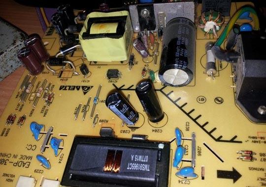 تعمیر مانیتور LCD
